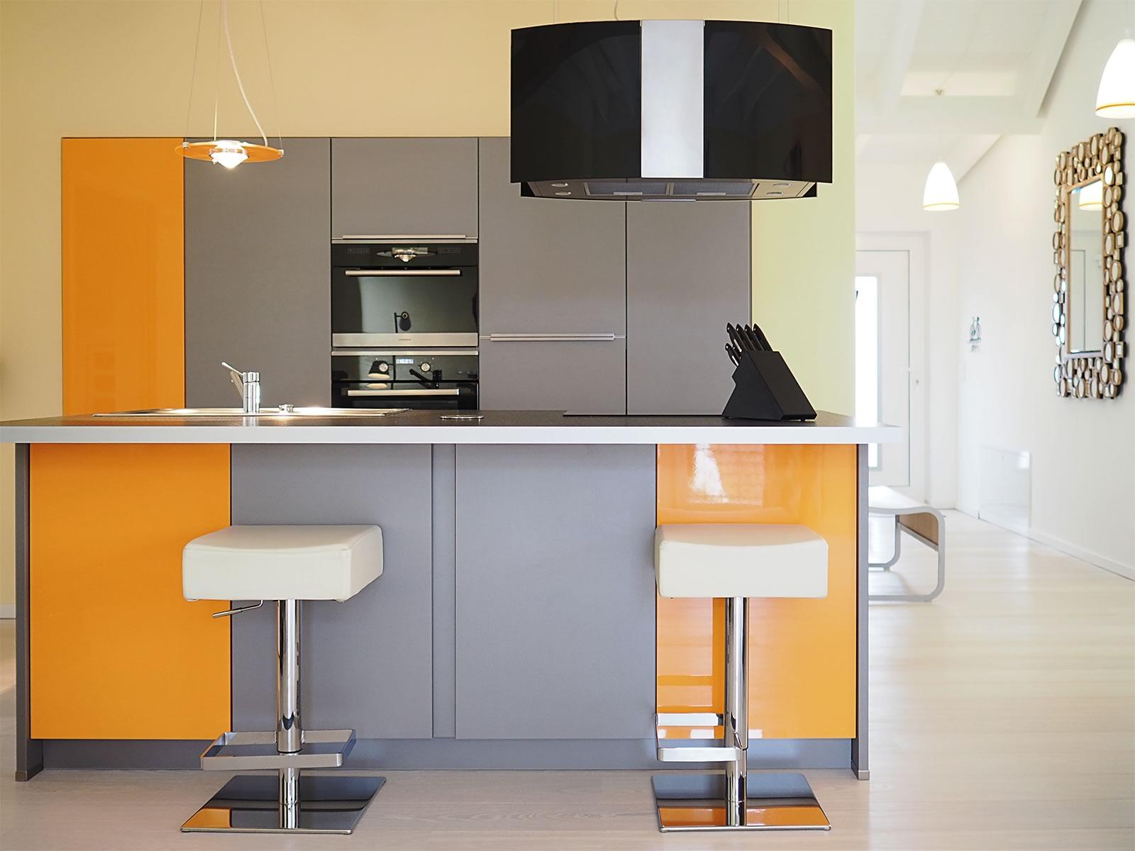 Atemberaubend Kücheninsel Design Mit Platz Für 4 Personen Fotos ...