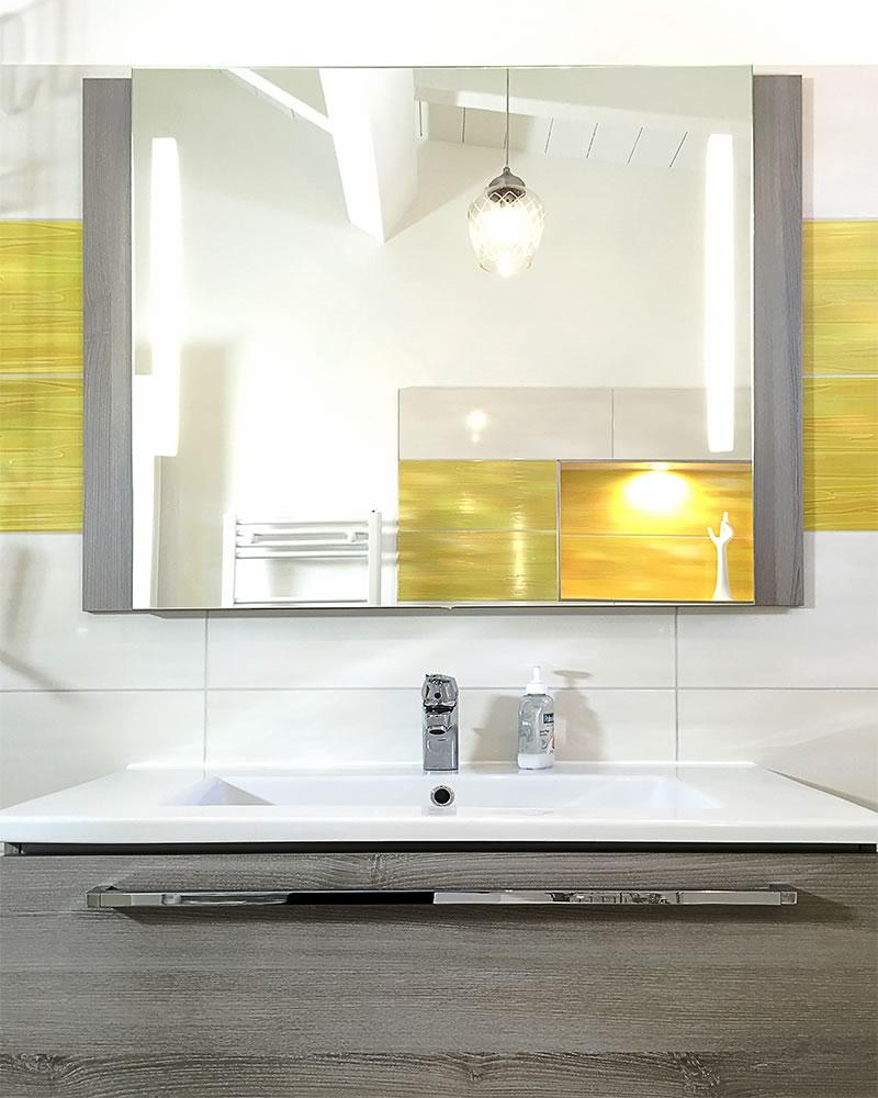 Kücheninsel Fussbodenheizung: Zwei Duschen, Eine Badewanne Und Ein Gäste-WC