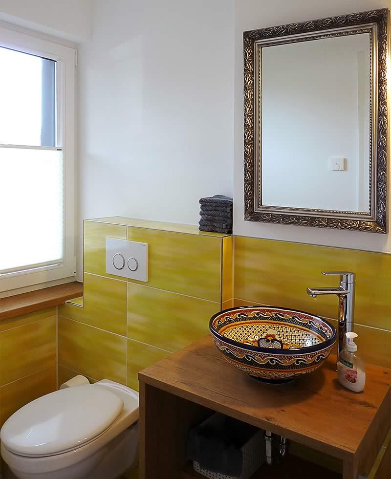 ebenerdige duschen freistehende badewanne und g ste wc wiesenart zingst. Black Bedroom Furniture Sets. Home Design Ideas